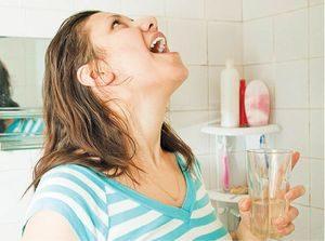 Растворы для полоскания от боли в горле