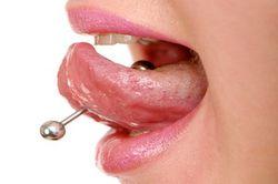 Болит язык после пирсинга